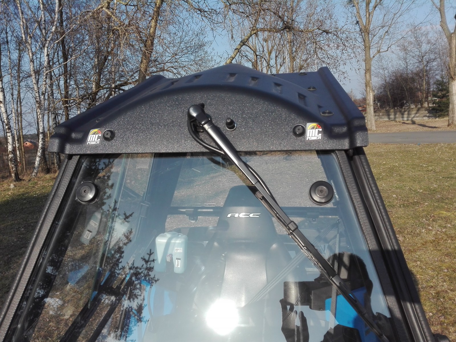 Windshield washer accessories for Polaris ACE 570